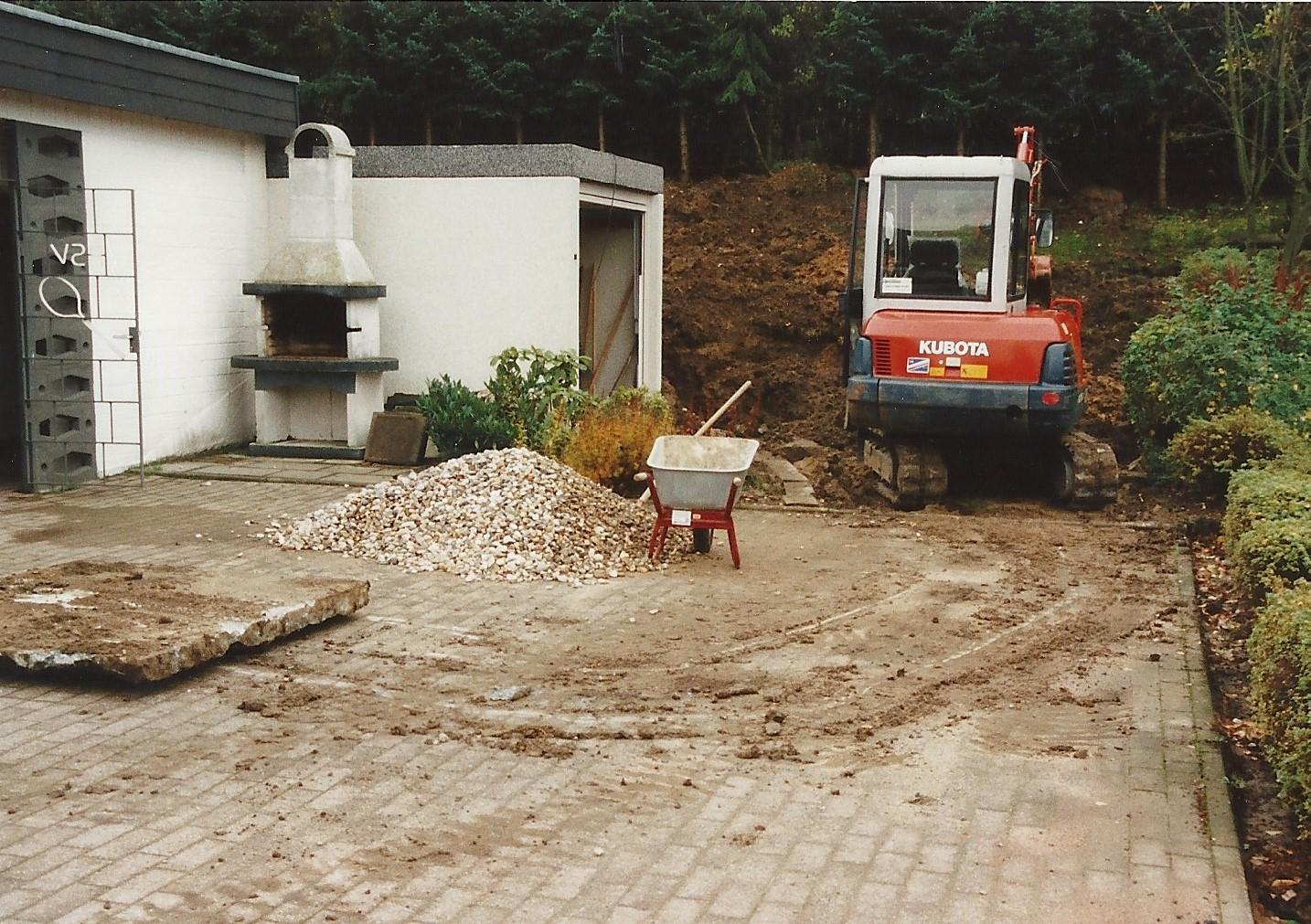 Neubau Terrasse und Boulebahn 1998, 1999